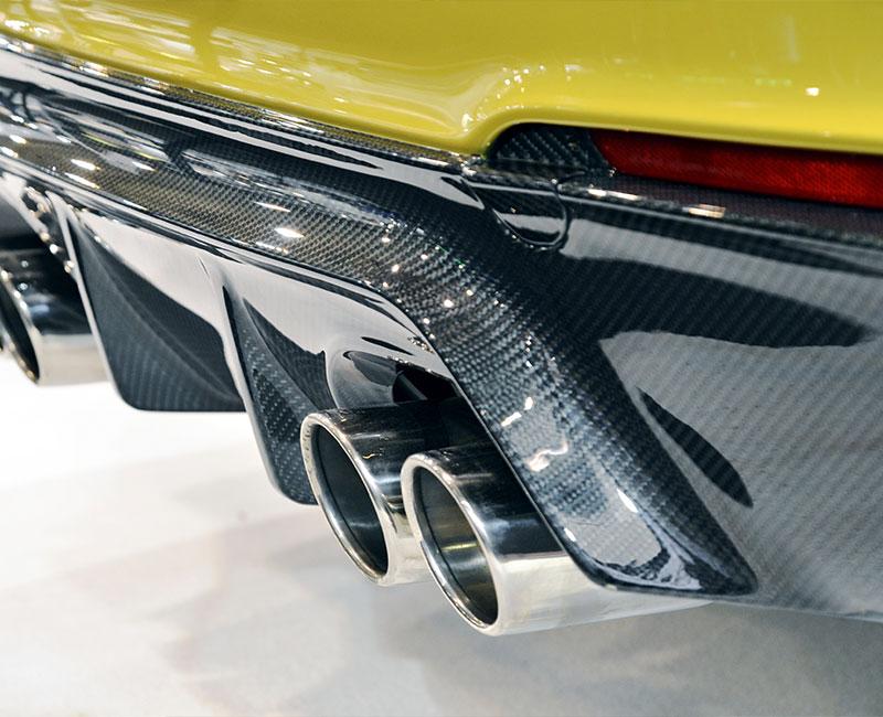 Vinyl & Carbon Fiber Wrap Application